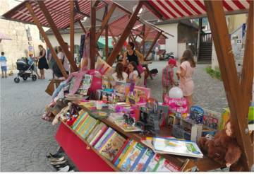 Kinderflohmarkt Hall in Tirol (Foto: Stadtmarketing Hall in Tirol)